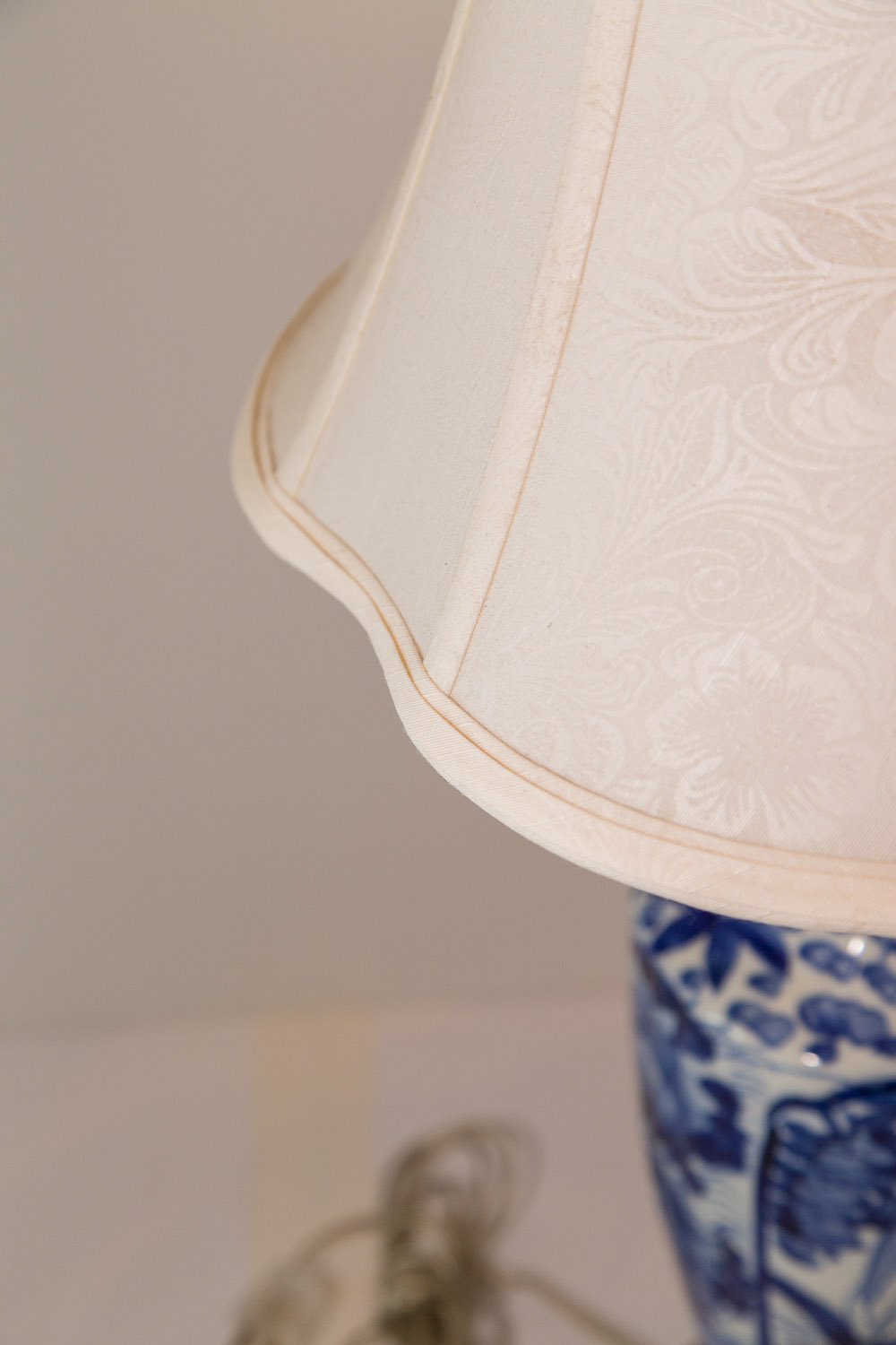 Pair of antique chinese blue and white porcelain table for Asian antiques west palm beach